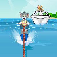 Гра Том катається на водних лижах
